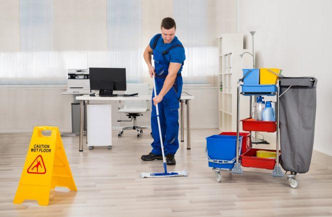 Συνεργεία καθαρισμού